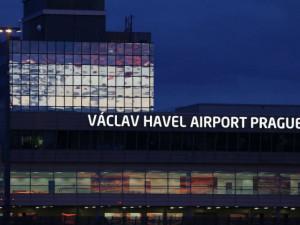 Od pondělního poledne nesmí letadla z Velké Británie do Česka