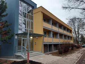 Nemocnice Šternberk zrekonstruovala Domov sester, byty využívají zaměstnanci i studenti dobrovolníci
