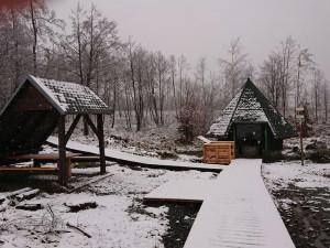 FOTO: Vojenské lesy obnovily prameniště Odry na Libavé. Vznikla zde naučná stezka