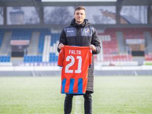 Fotbalisty Plzně posílil krajní záložník Falta z Olomouce