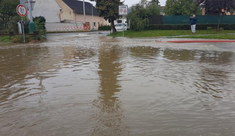 Záplavy v Brodku u Přerova stále nemají viníka. Vyšetřování potrvá ještě měsíce