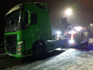 Policisté na Šumpersku zajistili tahač zahraničního dopravce