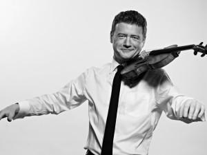 Moravská filharmonie chystá on-line koncert s jedním z nejvýznamnějších českých houslistů