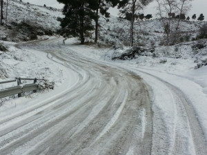 Dopravu v Olomouckém kraji v neděli komplikuje sněžení