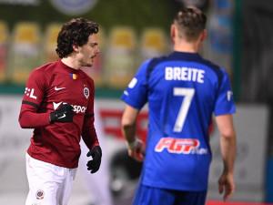 Sparta při premiéře trenéra Vrby po obratu vyhrála 3:2 v Olomouci