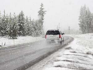 Na cestách Olomouckého kraje leží rozbředlý sníh a místy se tvoří sněhové jazyky