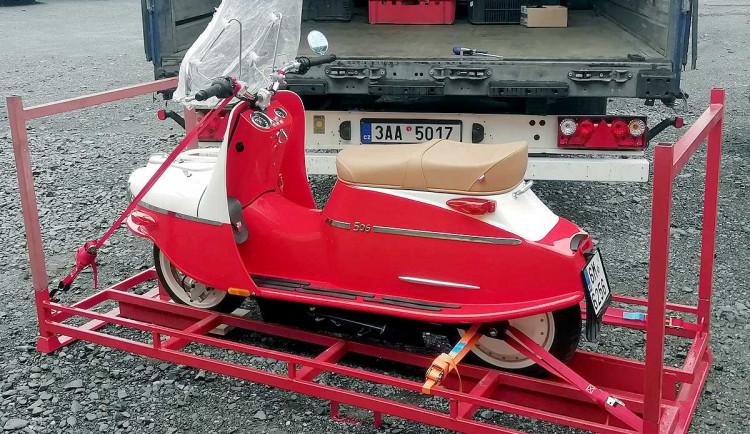 Soud zahájil insolvenční řízení s výrobcem skútrů Čezeta Motors