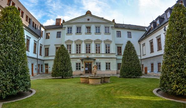 Před 75 lety byla obnovena Univerzita Palackého v Olomouci