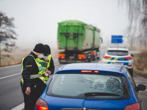Policie hlídá hlavní i méně důležité cesty v Olomouckém kraji