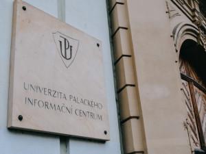 O funkci rektora Univerzity Palackého v Olomouci se ucházejí čtyři akademici