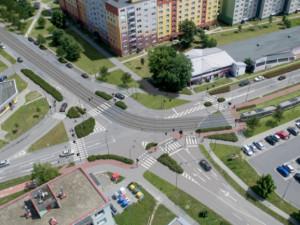 Kvůli stavbě tramvajové trati padly v Olomouci desítky stromů