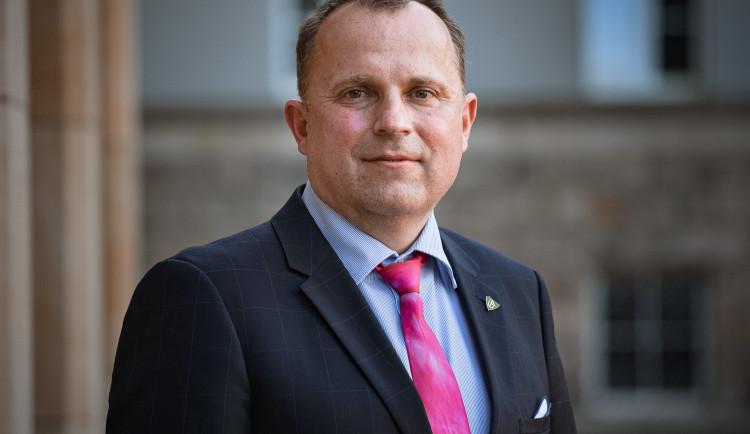 Novým rektorem Univerzity Palackého v Olomouci se stal Martin Procházka