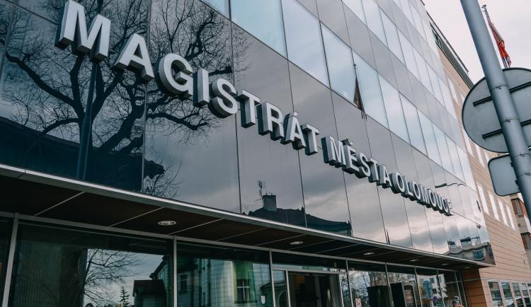 Olomoucký magistrát se stále vzpamatovává z kyberútoku. Pachatel žádá 100 tisíc dolarů
