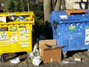 Jeseník testoval svoz odpadu. Lidé si stěžovali na přeplněné popelnice