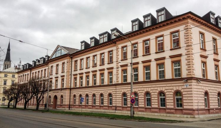 Olomoucký vrchní soud potvrdil zprošťující rozsudky v kauze vytunelování záložny Unibon