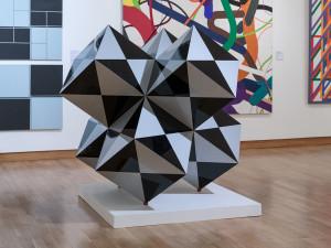 Muzeum umění zakoupilo do svých sbírek Vasarelyho plastiku Diamant