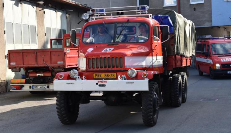 Dobrovolní hasiči z Přerova se zbaví staré techniky. Město chce obnovit vozový park