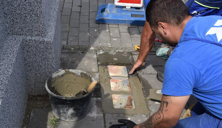 V prostějovských ulicích letos přibyde dalších dvanáct Kamenů zmizelých