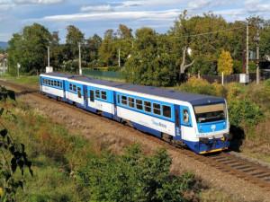 Kraj zvýší počet vlaků na lokálce do Nectavy. Jinde železniční provoz mizí