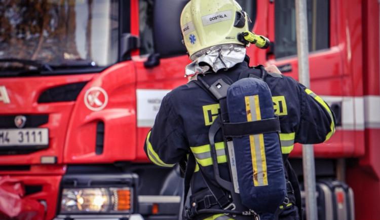 Nová technika i cisterna. Olomoučtí dobrovolní hasiči získají další vybavení