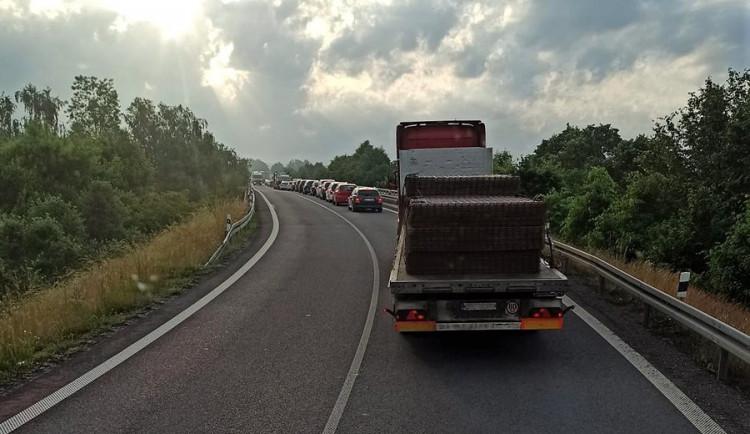 Dopravní expert k D35: Dálnice musí být stavěná na vysoké teploty. V celé Evropě to jde