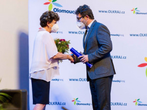 Olomoucký kraj ocenil Pedagogy roku 2021. Museli zvládnout novou situaci