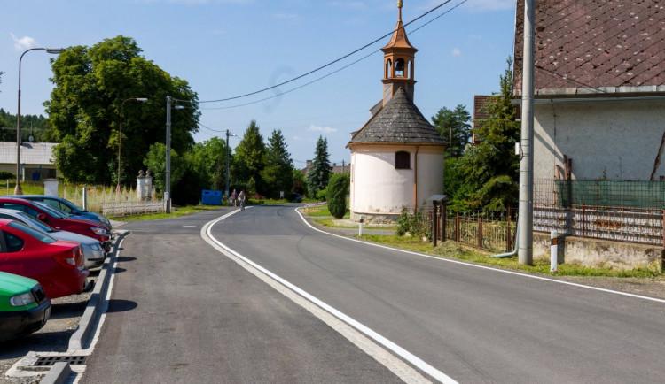 Z Kamenné do Rohle na Šumpersku se lidé dostanou po nové silnici