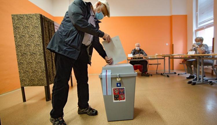 Kandidátky do voleb podaly v Olomouckém kraji zatím čtyři subjekty. Do termínu zbývá týden