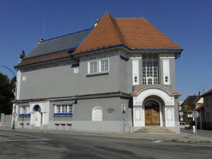 Na tornádem poničenou galerii v Hodoníně se vybralo 200 tisíc korun