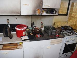 Žena způsobila explozi, když vyráběla extrakt z konopí. Hrozí jí až osm let