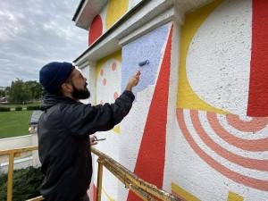 FOTOGALERIE: Prostějovská hvězdárna slaví šedesát let, ozdobil ji obří mural