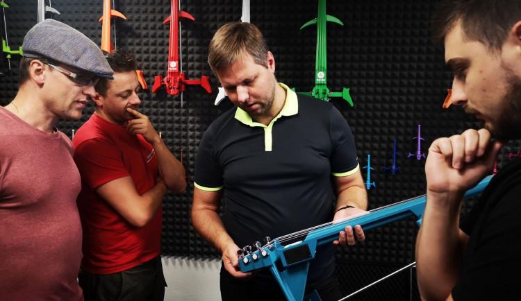 Přerovská firma vyrobila první violoncello na světě na 3D tiskárně. MyCello sklízí úspěch i ve světě
