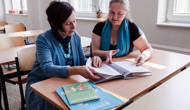 Nové učebnice z Olomouce mají pomoct s výukou aktuálních světových témat