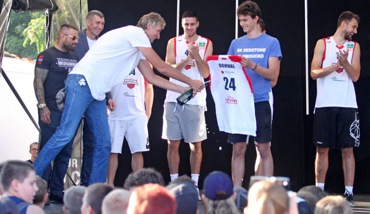 Basketbalisté Olomoucka získali silného sponzora, hrát budou v Čajkaréně