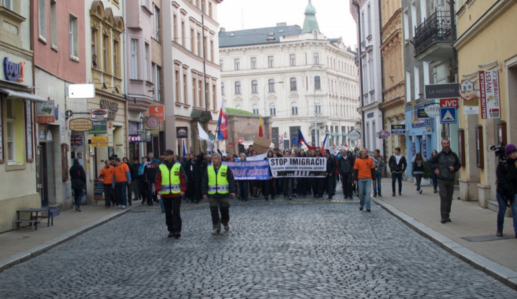 Demonstrace na Horním náměstí
