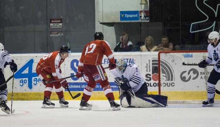 Kohouti si poradili se soupeřem z KHL, porazili Vladivostok 4:2