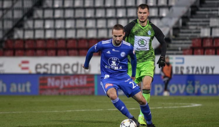 FOTOGALERIE: Sigma dostala doma naloženo od Mladé Boleslavi 0:4, Komličenko dal hattrick
